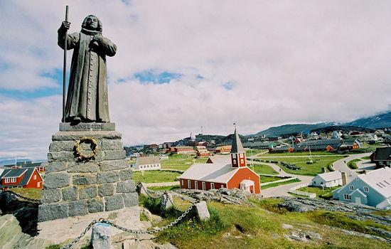 Strid mellom biskop og grønlandske frikirker
